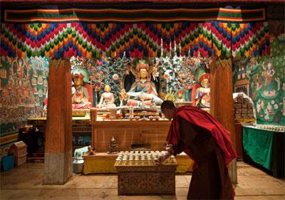 Zhiwa Ling Temple